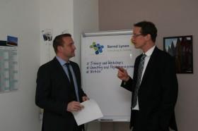 Erfolgreiche Zusammenarbeit zwischen Bernd Lynen und dem JUT-Projekt (hier: PL Frank Steinbeck)