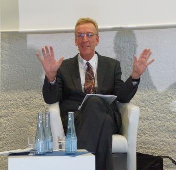 Dr. Julian Stech, Moderator des OB-Talks